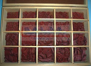 estuche arandelas de fibra roja